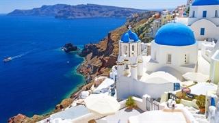 شهر زیبای سنتورینی در یونان