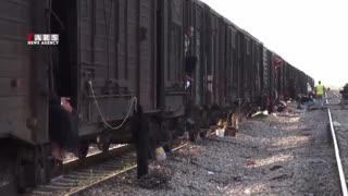 سیلزدگانی که در قطار زندگی میکنند!