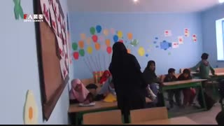 مدرسه ایرانی ، معلم افغانستانی، دانش آموزان پاکستانی