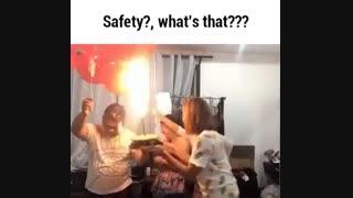 گاز هیدروژن به شدت آتشگیر است