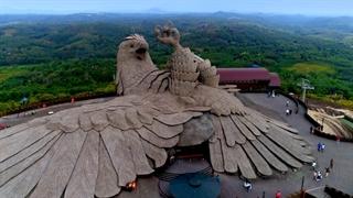 پارک جنگلی جاتایو هند با بزرگترین مجسمه پرنده در دنیا