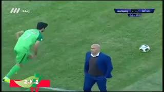 خلاصه بازی  ذوبآهن پرسپولیس (۰-۰) لیگ برتر ۹۷-۹۸ هفته ۲۶