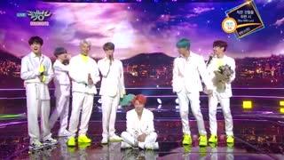 برد امروز پسرا BTS در برنامه Music Bank عشقهههه ♡~♡