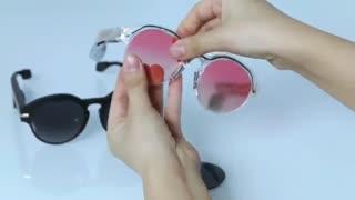 با این عینک، نیازی به هدفون ندارید!