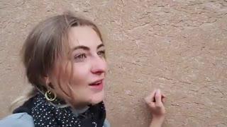 تفریحات دختر توریست در ایران