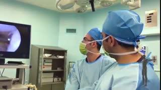 از بین رفتن قسمتی از غضروف سطح مفصل زانو