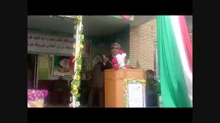 سخنرانی دکتر جلیلی  نماینده خدمتگزار در اهمیت جایگاه معلم ، در مدرسه  مقدس شهر عجب شیر