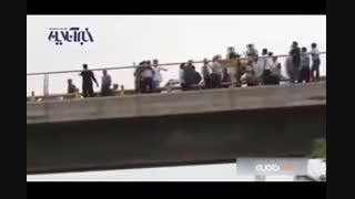 لحظه اقدام به خودکشی مرد جوان در مشهد