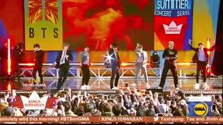 اجرای اهنگ fire btsدر مراسم GMA2019..