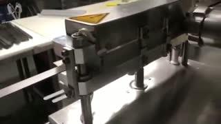 نحوه عملکرد تزریق گوشت در دستگاه کباب زن|کباب گیر|کباب سیخ گیر اتوماتیک