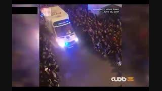 حرکت قابل تقدیر تظاهرات کنندگان هنگکنگی برای عبور آمبولانس