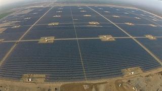 ساخت بزرگترین نیروگاه خورشیدی جهان در امارات