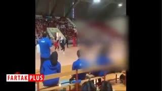 خوشحالی متفاوت مشاور فنی تیم والیبال زنان از برد ایران +فیلم