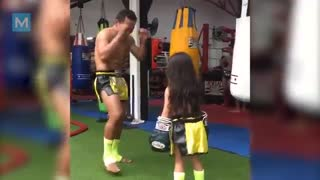Saenchai Muay Thai Training & Fight Techniques | Muscle Madness