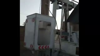 ببینید آمبولانس اداره برق چیکار میکنه!!!