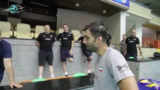 جشن تولد سید محمد موسوی در تمرین روز پنجشنبه تیم ملی والیبال