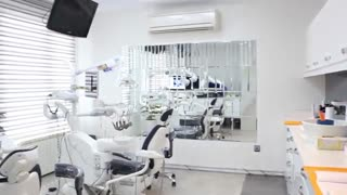 کلینیک تخصصى ارتودنسى و دندانپزشکى سیمــادنت (شعبه ستارخان)